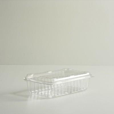 One Quart Clamshell Tray