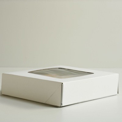 Window Pie Box - White